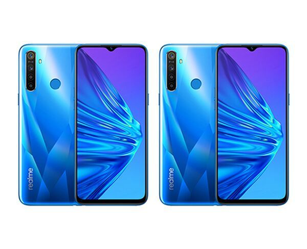 2 x realme 5 128GB Crystal Blue